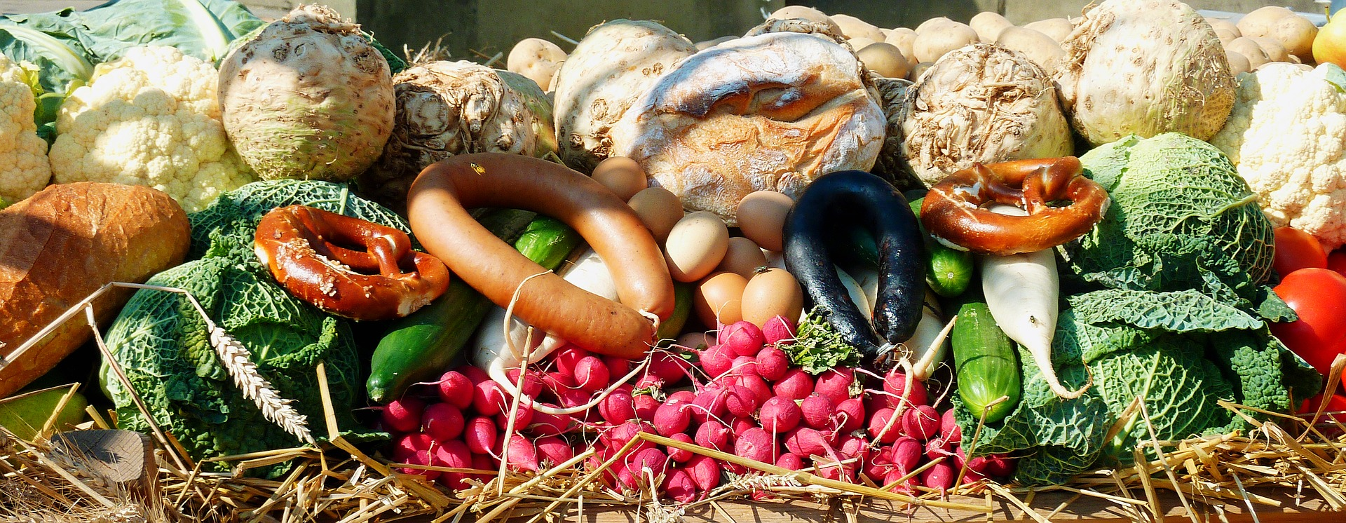 <p>Fruit and vegetables are consumed by the general population but too much of it is imported.</p>